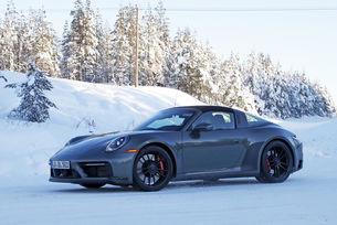 Издебнаха новия Porsche 911 GTS като Targa