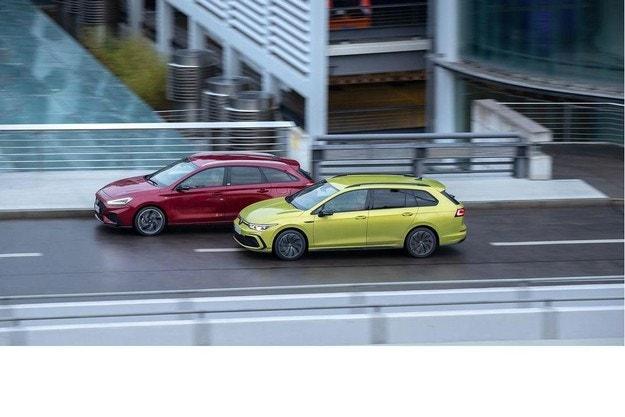 VW Golf VIII Variant срещу Hyundai I30 Kombi