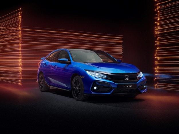 Honda Civic Sport 2021: Вдъхновение от Type R