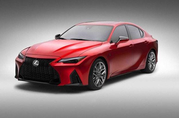 Lexus отваря нова гама с IS 500 F Sport Performance