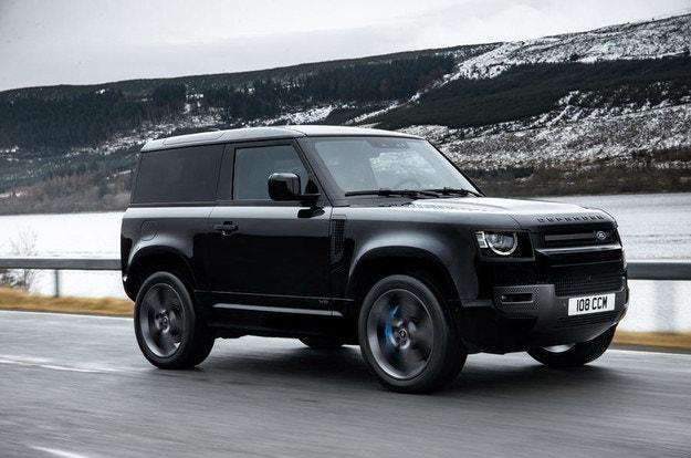 Land Rover пуска най-мощния Defender