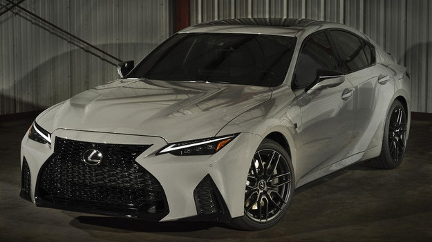 Lexus IS с V8 получи спецверсия Launch Edition