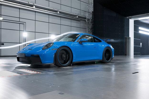 Усвършенстват Porsche 911 GT3