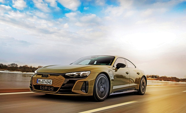 Audi RS e-tron GT: Голямо напрежение