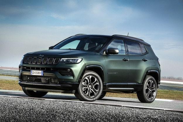 Jeep Compass 2021, по-електрически отвсякога