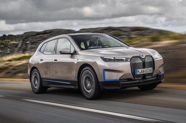 Представяме първото BMW iX