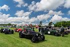 Рекордна среща на модели на Aston Martin