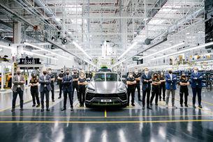 Lamborghini Urus: 15 000 продадени кросоувъра
