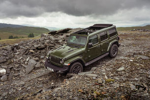 Jeep Wrangler с подобрено офроуд управление