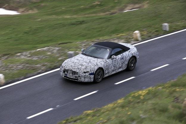 Mercedes SL (2022): Пак елегантен и по-лек