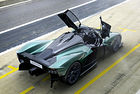 Aston Martin Valkyrie Spider: Хиперавтомобил V12