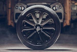 Удивителнта джанта от карбон на Bentley
