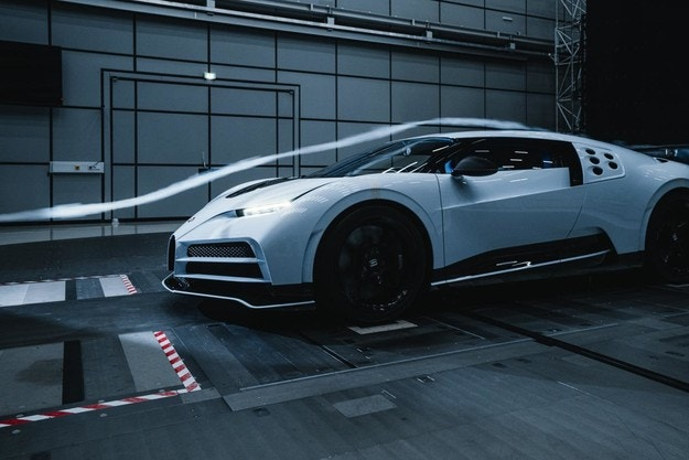 Тестват Bugatti Centodieci в уникален въздушен тунел