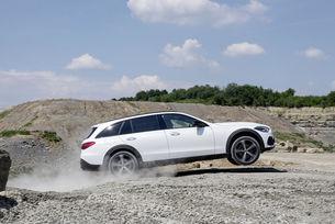 Mercedes-Benz очаква несигурно бъдеще на комбито