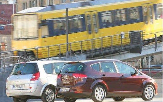 Seat Altea XL срещу Renault Grand Scеnic