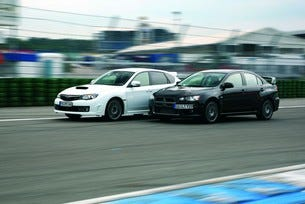 Mitsubishi Lancer Evo срещу Subaru Impreza WRX STI