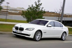 Нов V12 за ВMW 760i и BMW 760Li