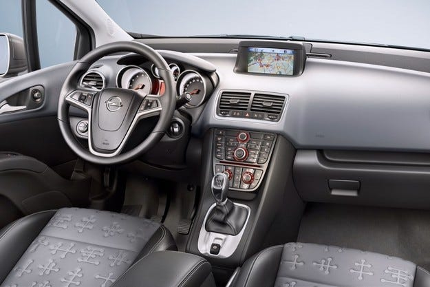 Opel Meriva интериор