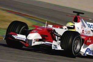 Toyota TF107 - финални тестове