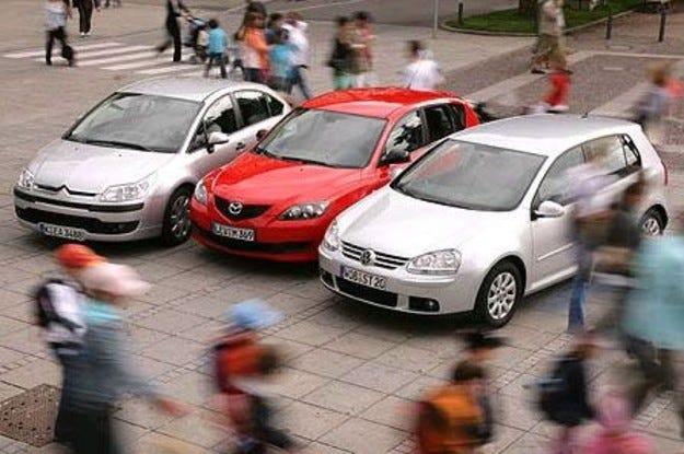 Mazda 3 1.4 vs. VW Golf 1.4 vs. Citroen C4 1.4