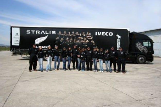 Керванът на Stralis пристигна в България