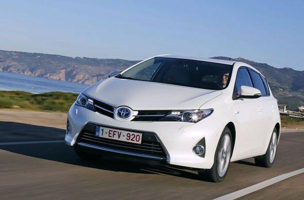 Хибридите на Toyota и Lexus с все по-силни позиции и в Европа