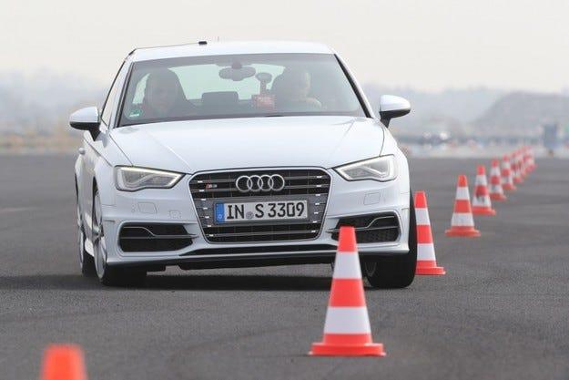 На пътя Audi S3 2.0 TFSI