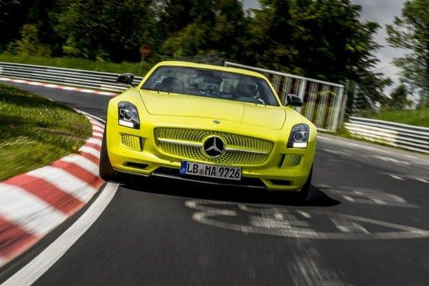 Електрическият Mercedes SLS AMG с рекорд на Нюрбургринг