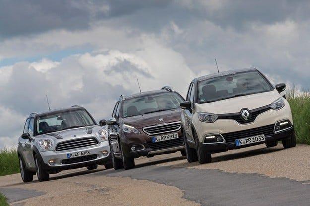 Peugeot 2008 VTi 120, Renault Captur TCE 120, MINI Countryman