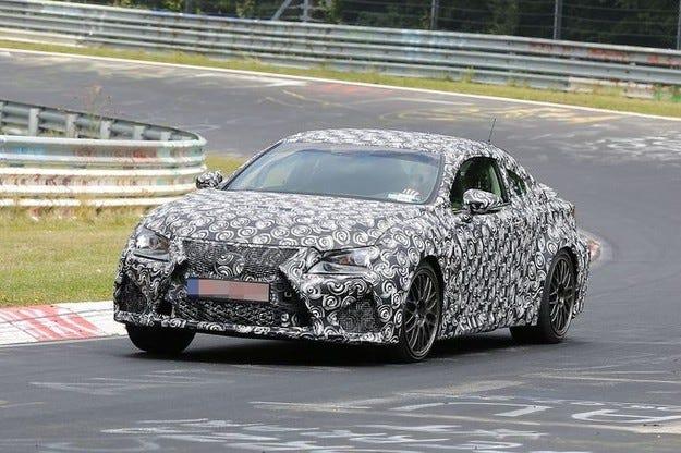 Купето от среден клас Lexus ще дебютира на IAA