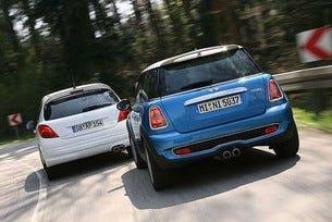 Mini Cooper S срещу Peugeot 207 RC