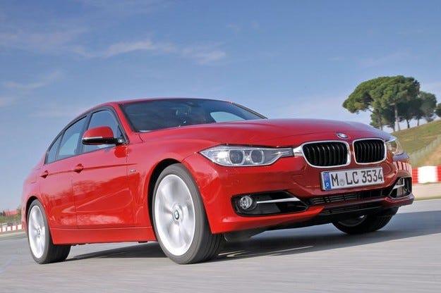 BMW привиква 177 000 автомобила в сервизите си