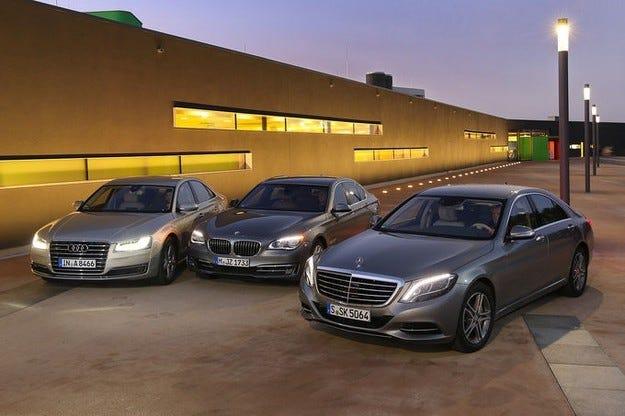Mercedes S-класа срещу Audi A8 и BMW Серия 7