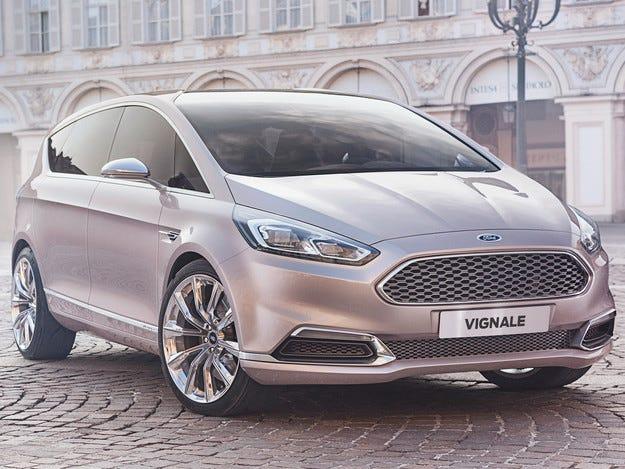 Ford S-Max още не е сериен, но вече има топ версия