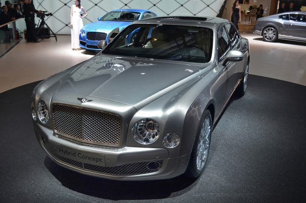 Bentley ще използва хибридни технологии в новите си модели