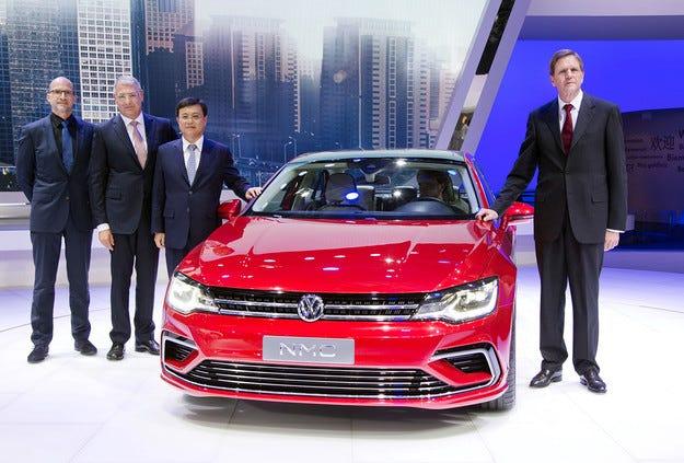 Купеобразният седан на Volkswagen ще трябва да почака