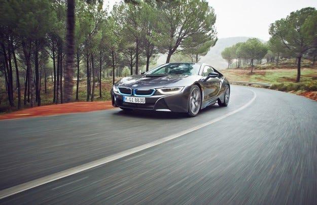 BMW i8: 141 950 евро за хибридното купе GT