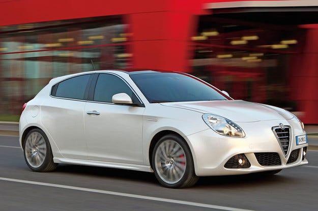 Бъдещето на Fiat Chrysler: Големи надежди за Alfa, Maserati & Co.