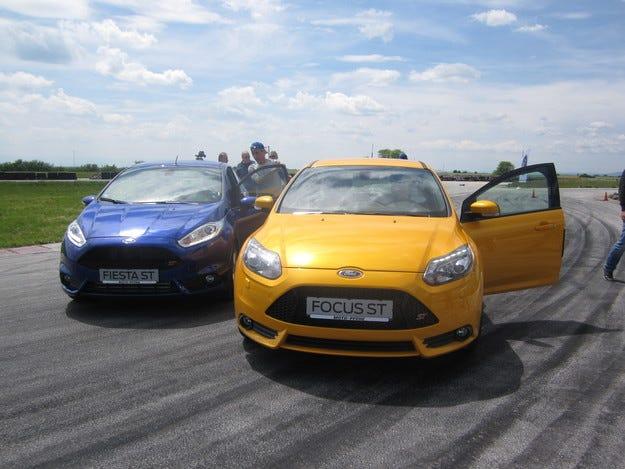 Крум Дончев представи Ford Fieasta ST и Focus ST пред родни журналисти на писта Калояново