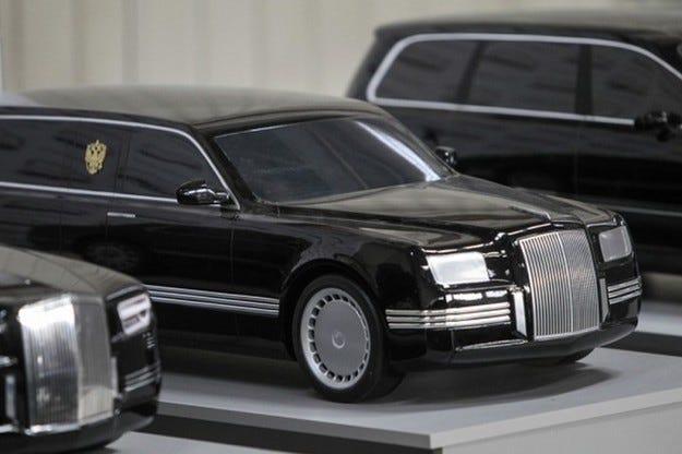 В интернет изтекоха снимки на бъдещата лимузина на Путин