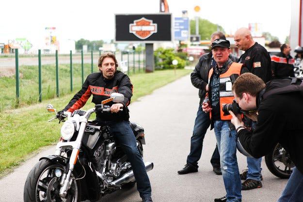 Родни звезди аплодираха премиерата на Harley-Davidson у нас