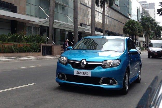 Обновеният Renault Sandero дебютира в Бразилия