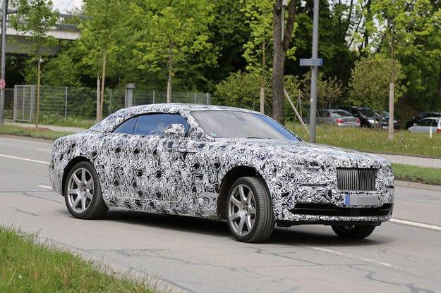 Rolls-Royce Wraith Cabrio идва през 2015 г.
