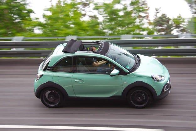 Opel ADAM ROCKS в тестовия център в Дуденхофен