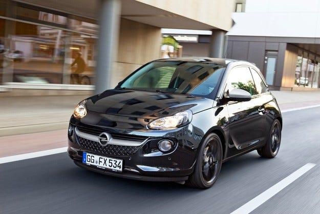 Opel ADAM печели наградата Internet Auto Award