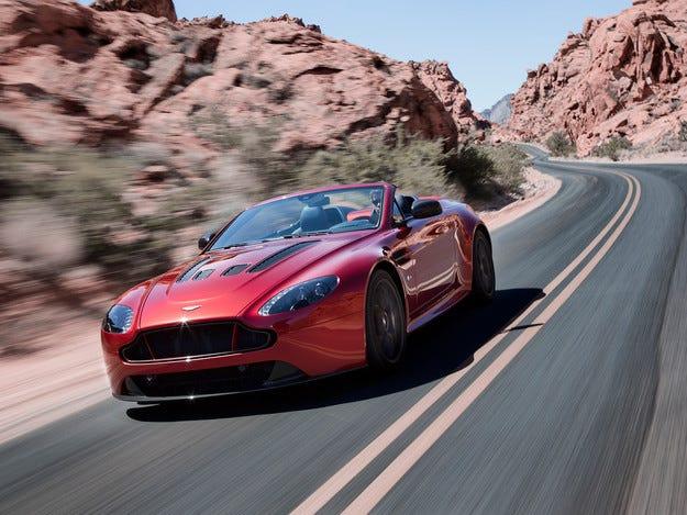 Aston Martin представи най-бързия си роудстър