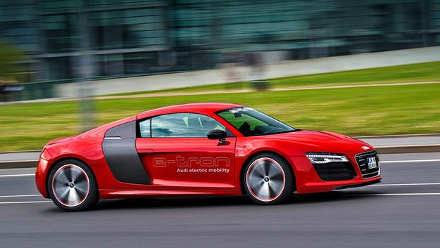 Фамилията Audi e-tron ще има новия V6 3,0 TDI