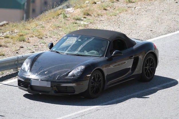 Първи пътни изпитания на обновения Porsche Boxster