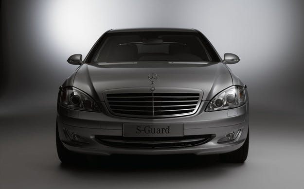Mercedes-Benz подготви бронирана версия на S-класата