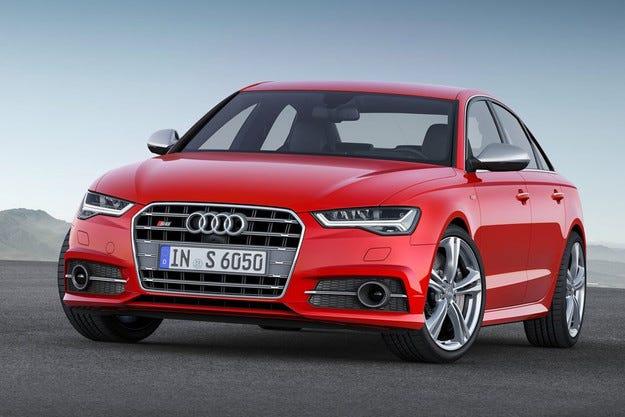 Audi A6 с фейслифт на изложението в Париж